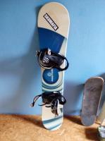 snowboard s vázáním
